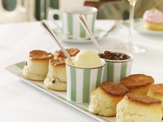 english afternoon tea at claridge's