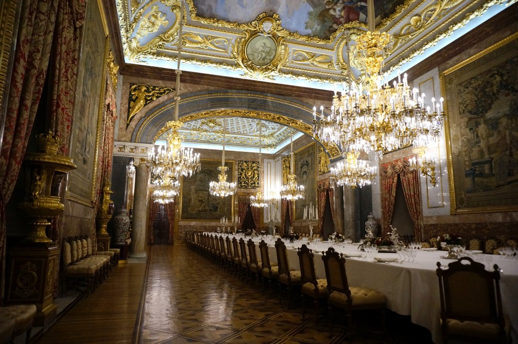 12 Stunning Royal Palaces Around The World Where To Go In
