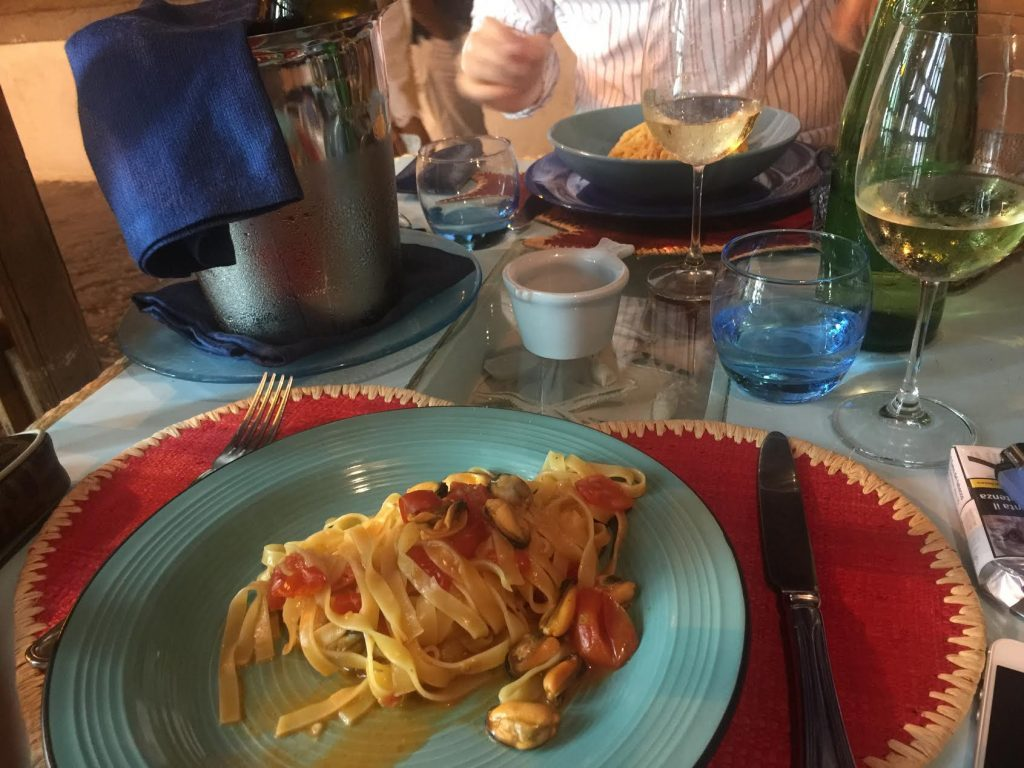 best restaurants in ponza