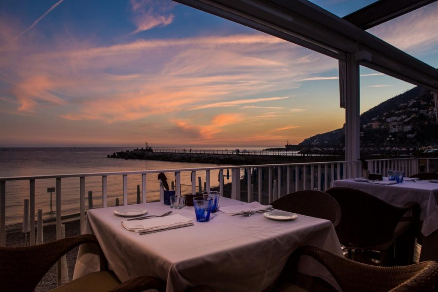 Marina Grande, restaurant with a view in Amalfi