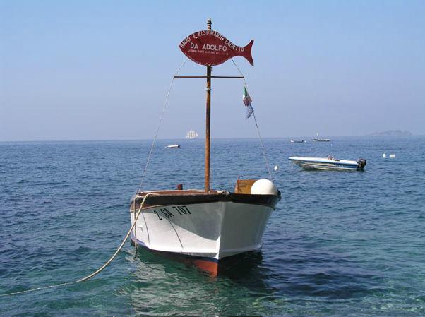 Da Adolfo beach restaurant in Positano
