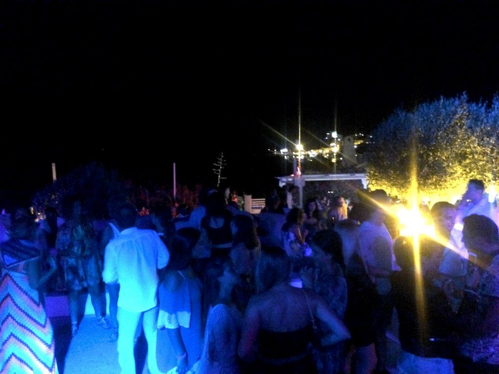 the best bar and club in ponza island