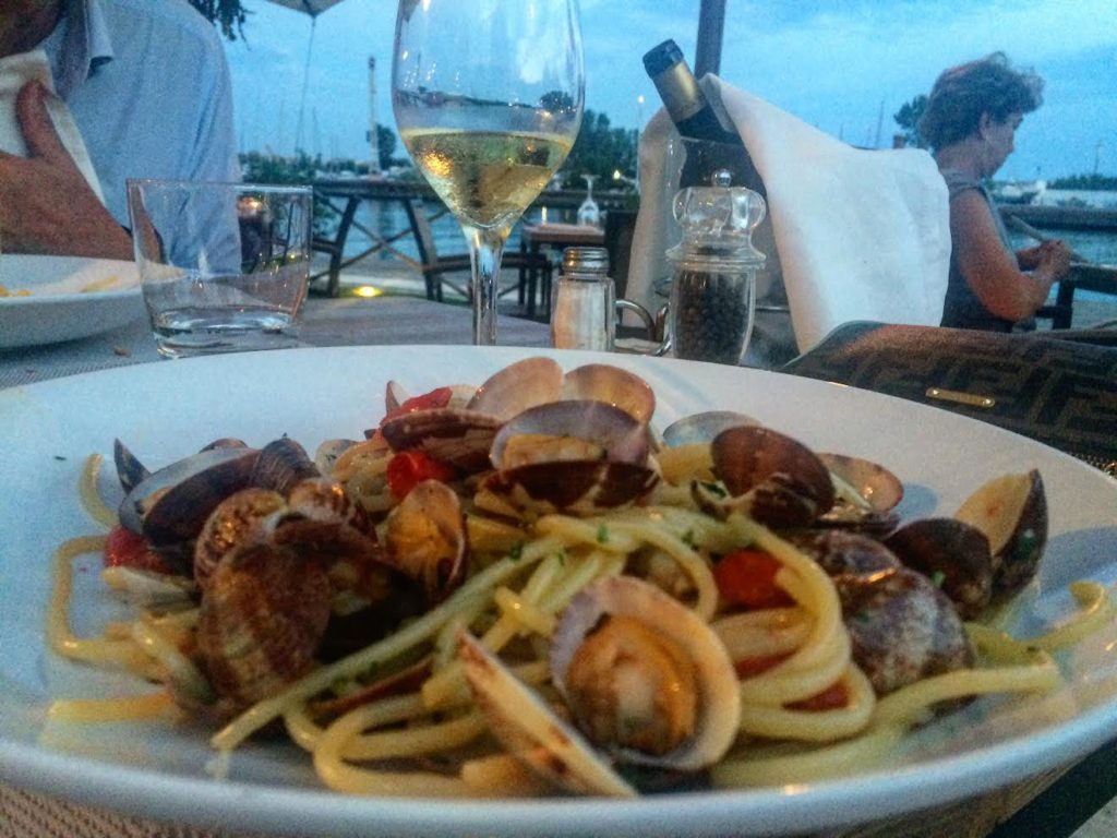 restaurants near rome fiumicino airport