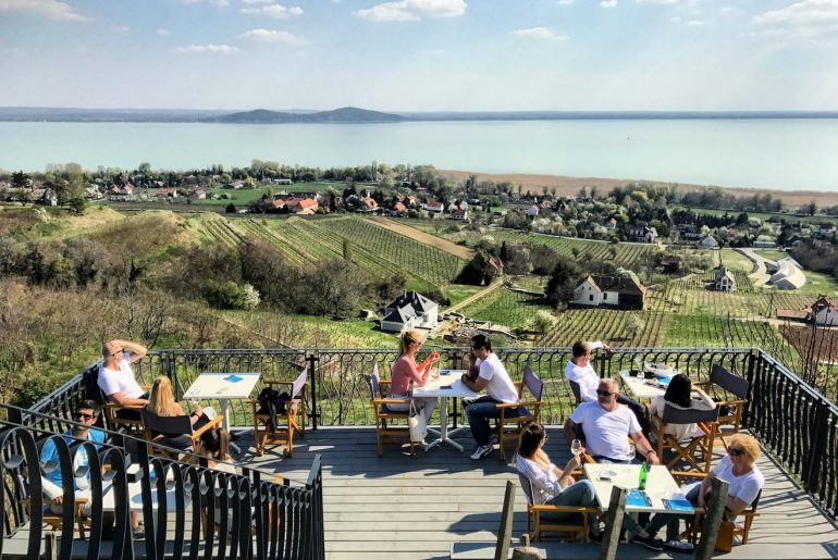 laposa birtok wine tasting lake balaton