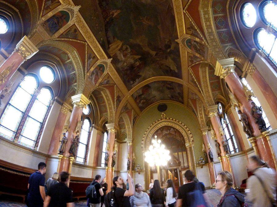 budapest parliament visit