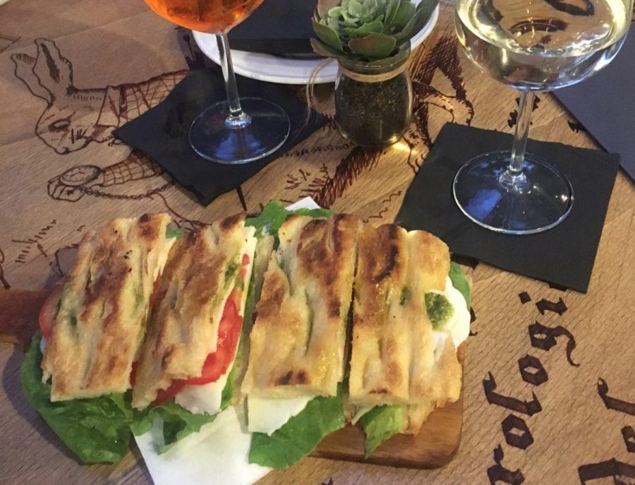 Sottosopra aperitivo in Trastevere