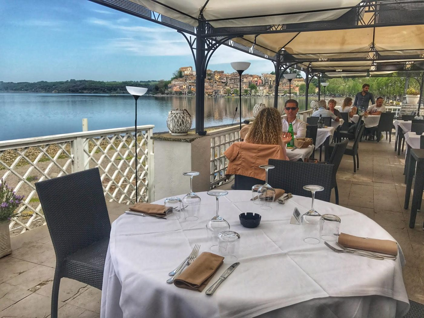 Where to eat on the lake near Rome: restaurants in Anguillara Sabazia