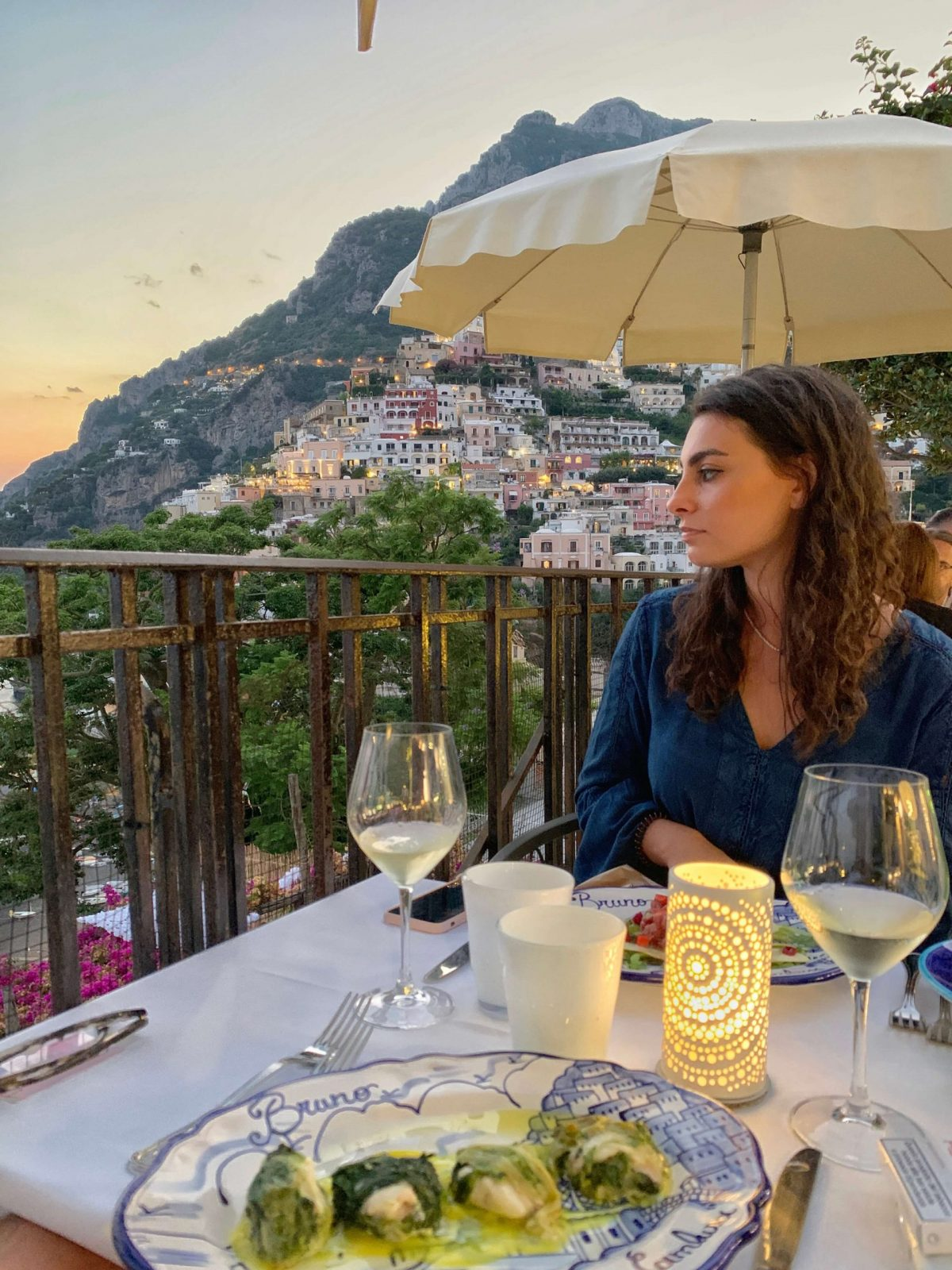 the best restaurants in Positano. the best amalfi coast restaurants.