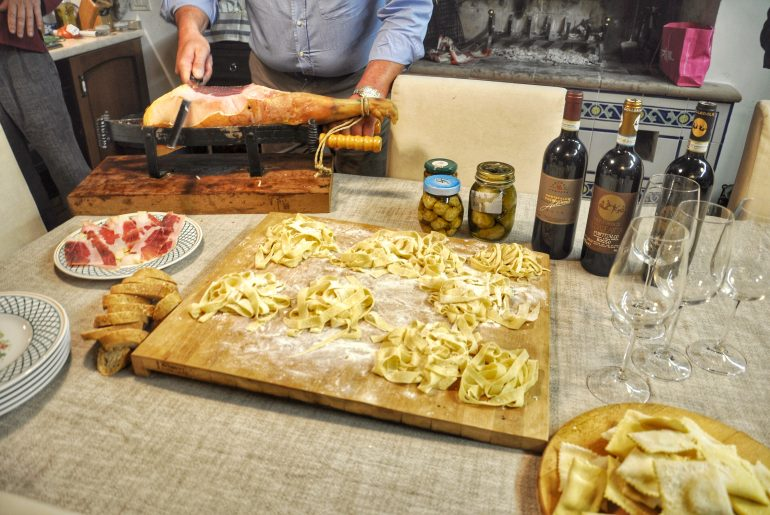 traditional umbrian food cooking class