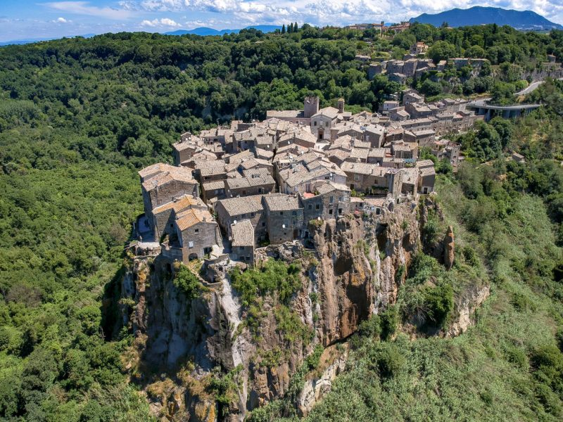Day trips from Rome: calcata